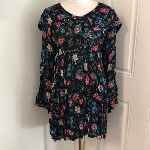 Vintage floral collared dress long sleeve button